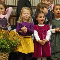 Bild zum Weblog Kinderchor besucht Flüchtlingshaus Rossauer Lände