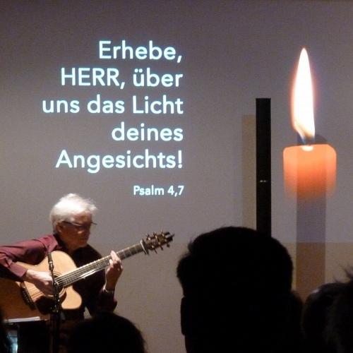 Bild zum Weblog Romantische Gitarrenklänge im Advent
